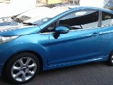 Photo 2010 Ford Fiesta Titanium 1.6 3 Doors