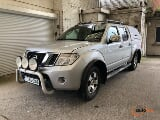 Photo Nissan navara double cabine (pret a immatriculier)