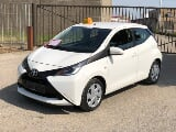 Photo Toyota Aygo 1.0i VVT-i x-play M/ automatique,...