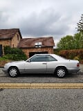Photo Mercedes W124 Coupe E200