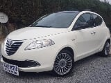 Photo Lancia ypsilon 0.9twin air//cuir/toit ouvrant/clim