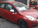 Photo Peugeot 208 occasion Rouge 60000 Km 2015 3.850 eur