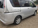 Photo 2013 Silver Automatic Nissan Serena