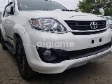 Photo Toyota Fortuner 3.0 D-4D 4x4