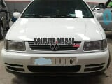 Photo Polo Volkswagen Essence Mod 1998 à Guelmim