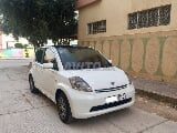 Photo Daihatsu Sirion Toyota Essence Toutes Options...