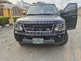 Photo 2010 Black Automatic Land Rover LR4