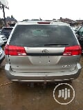 Photo Toyota Sienna 2005 Ce Silver