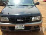 Photo Used Isuzu Rodeo 2002 Black