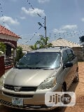 Photo Toyota Sienna 2005 Le Awd Gold