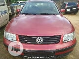 Photo Volkswagen Passat 2003 Red
