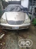 Photo Mercedes-Benz C320 2003 Gold