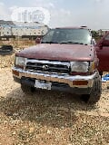 Photo Toyota 4-Runner 1999 Red
