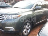 Photo 2012 Green Automatic Toyota Highlander