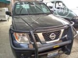 Photo Nissan Pathfinder SE 4x4 2006 Black