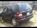 Photo Black mercedes benz ml350 2004