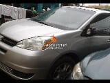 Photo Silver toyota sienna 2003