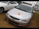 Photo Silver honda accord 2004