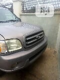 Photo Toyota Sequoia 2003
