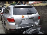 Photo Silver toyota highlander limited 2012