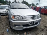 Photo 2000 Silver Automatic Toyota Picnic