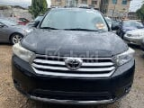 Photo 2011 Black Automatic Toyota Highlander