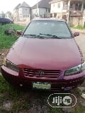 Photo Toyota Camry 1999 Automatic Red