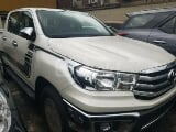 Photo 2020 White Manual Toyota Hilux
