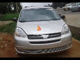 Photo Silver toyota sienna le 2005