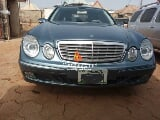 Photo Neat Mercedes-Benz E320 2004 Blue