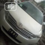 Photo Toyota Venza 2012 AWD White