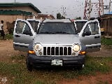 Photo Jeep Liberty 2005 Limited 4X4 Silver