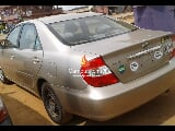 Photo Gold toyota camry 2004