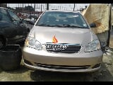Photo Gold toyota corolla 2005