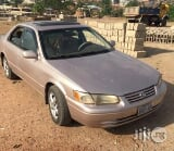 Photo A Sharp Clean Toyota Camry 2000 Silver