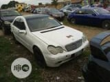 Photo Mercedes-Benz C240 2005 White