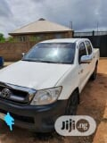 Photo Toyota Hilux 2008 2.7 VVTi 4x4 SRX White
