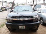 Photo 2004 Black Automatic Chevrolet Avalanche