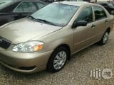 Photo Clean Toyota Corolla 2002 Gold