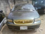 Photo Nigerian Used Chrysler Town 1997