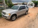 Photo Ford Explorer 2006 Gray
