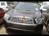 Photo Grey toyota highlander 2008