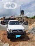 Photo Toyota Hilux 2008 2.0 VVTi SRX White