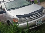 Photo Toyota Sienna 2000 Gold