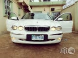 Photo Clean Jaguar X-Type 2004