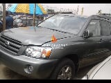 Photo Green toyota highlander 2004