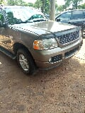 Photo Ford Explorer 2005 Limited 4.0 4X4 Gold