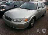 Photo Distress Sales Toyota Camry 2000 Silver