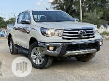 Photo Toyota Hilux 2017 Sr5 4X4 White
