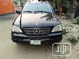 Photo Mercedes-Benz M Class 2002 Black